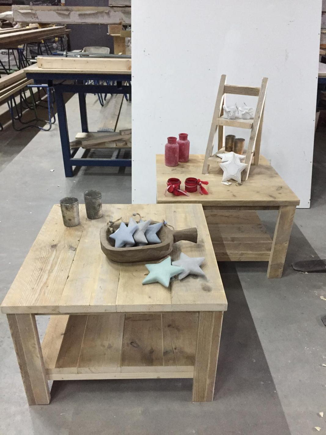 Greywash Salon Tafel.Steigerhout Bakel Salon Tafel