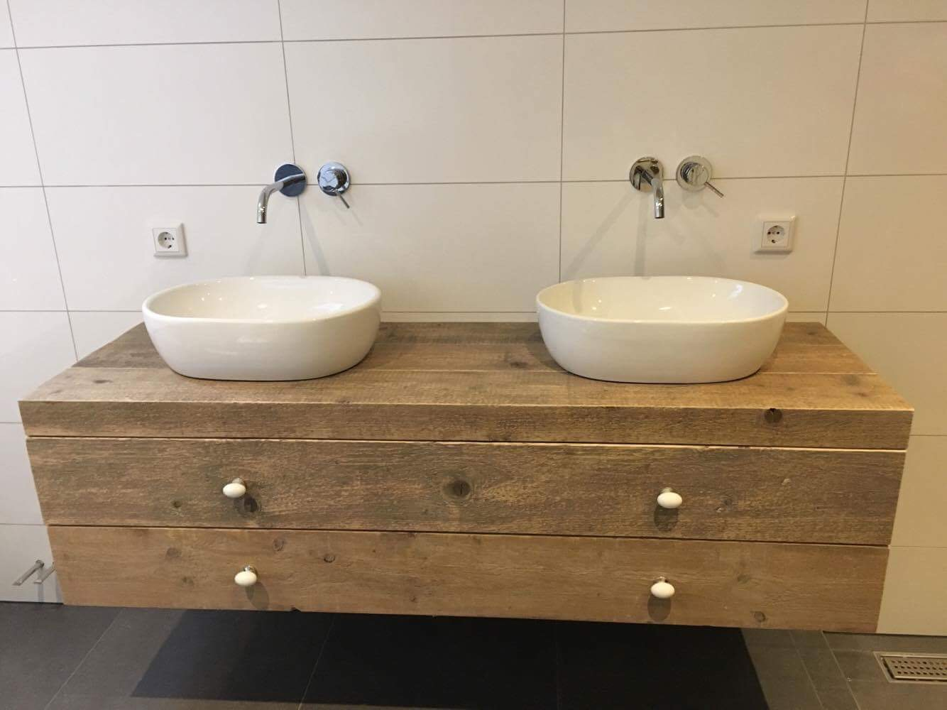 Steigerhout bakel badkamer meubel