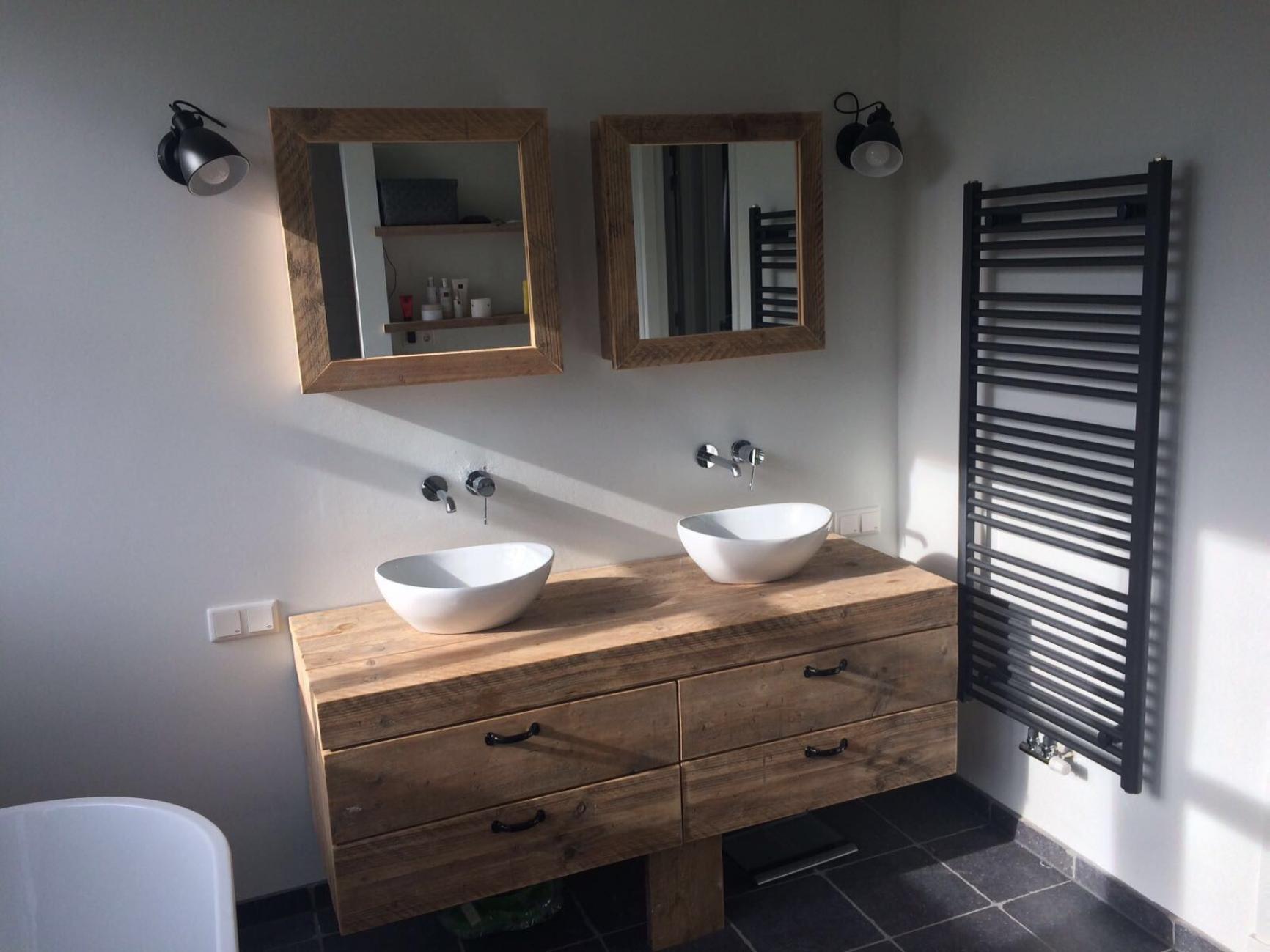 Badkamer Met Steigerhout : Steigerhout bakel badkamer meubel